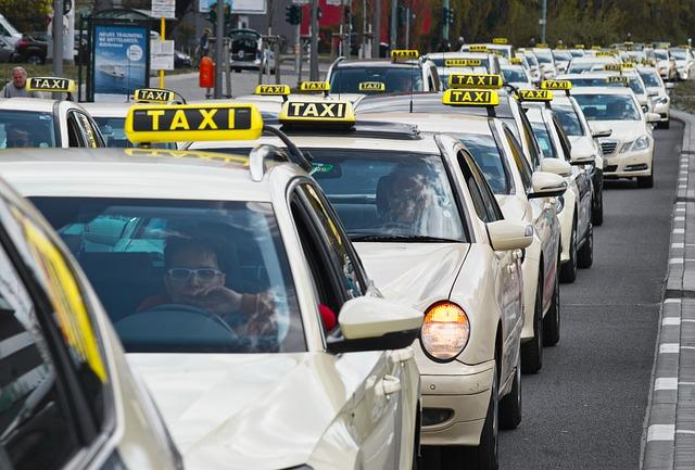 taxi v koloně