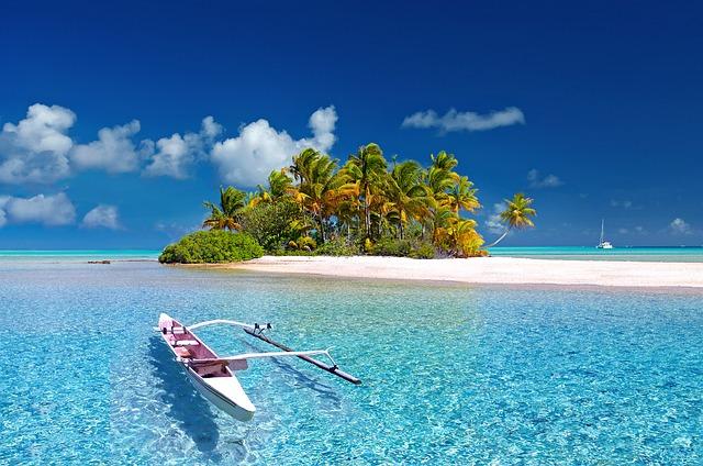 pláž u ostrůvku